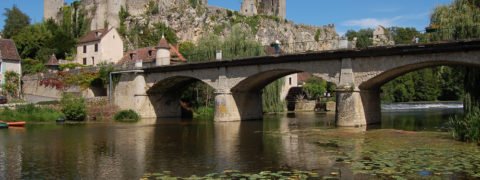 La Forteresse. vue du pont