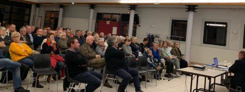 photo des participants à la réunion publique circulation-stationnement